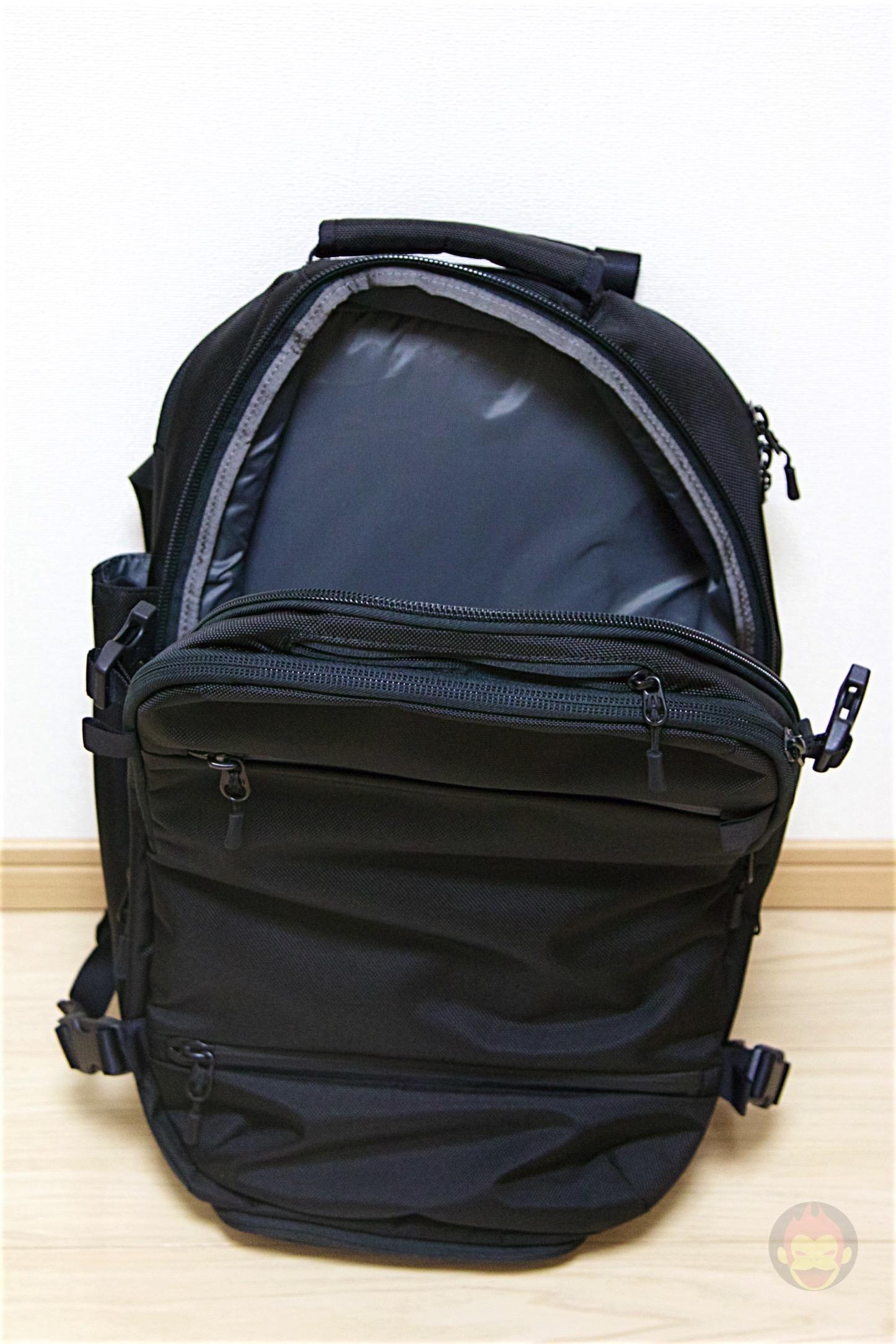 Aer-Travel-BackPack-on-Kickstarter-23.jpg