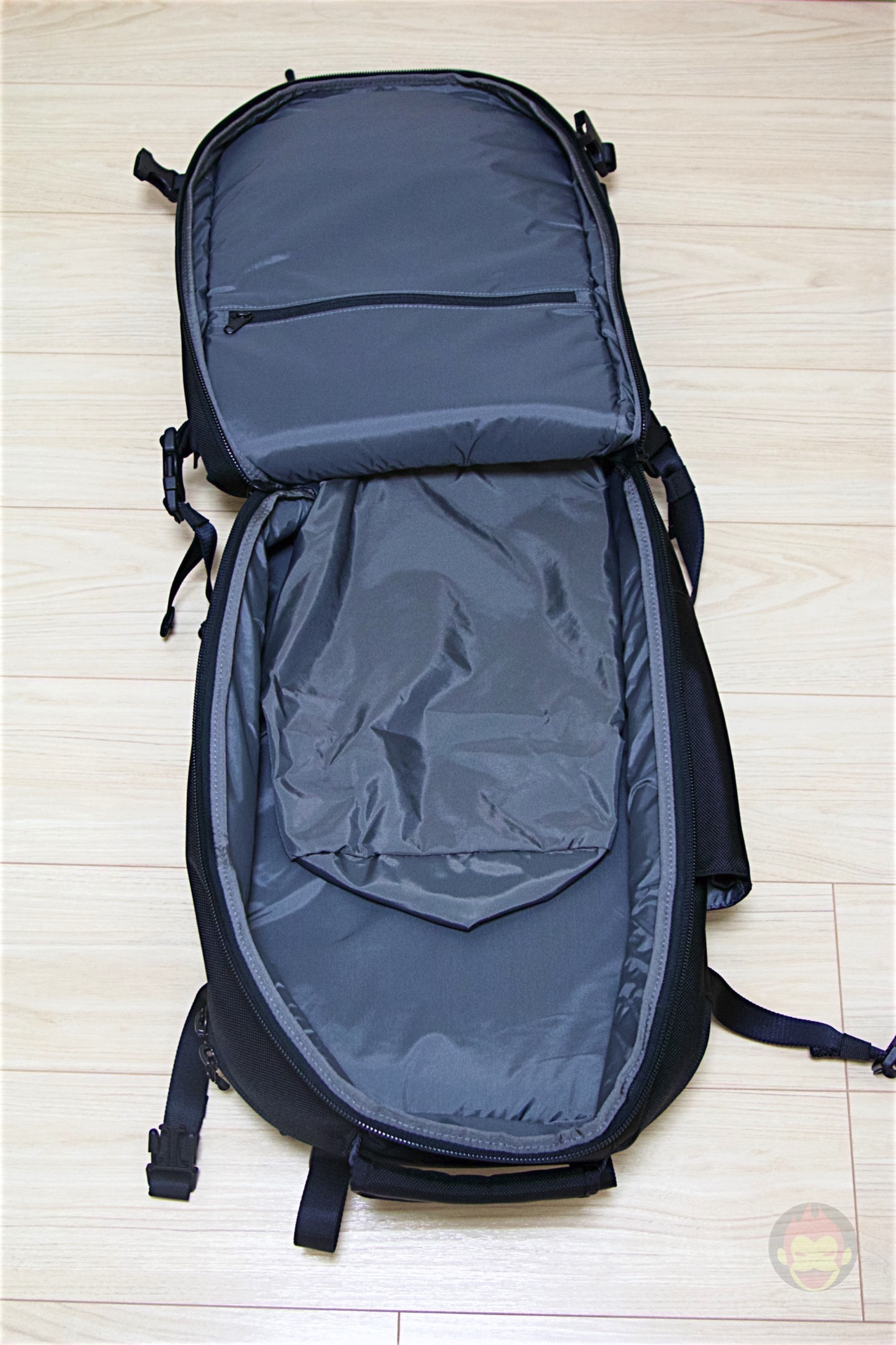 Aer-Travel-BackPack-on-Kickstarter-24.jpg