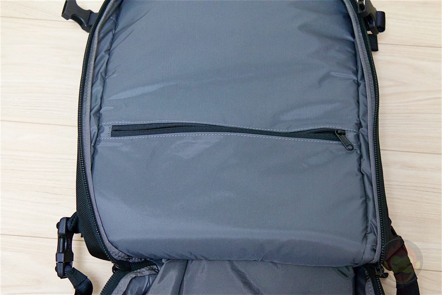 Aer-Travel-BackPack-on-Kickstarter-25.jpg