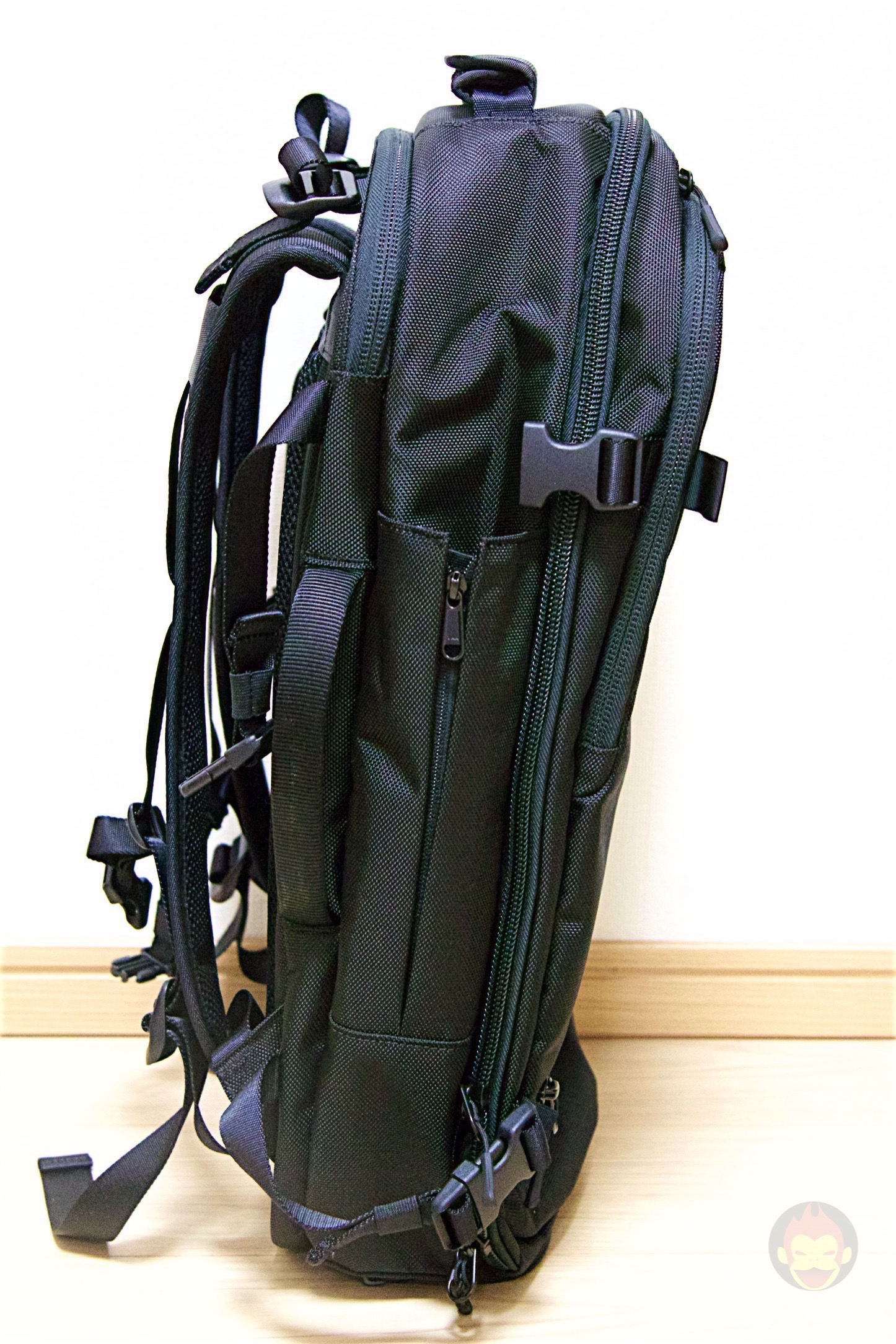Aer-Travel-BackPack-on-Kickstarter-30.jpg
