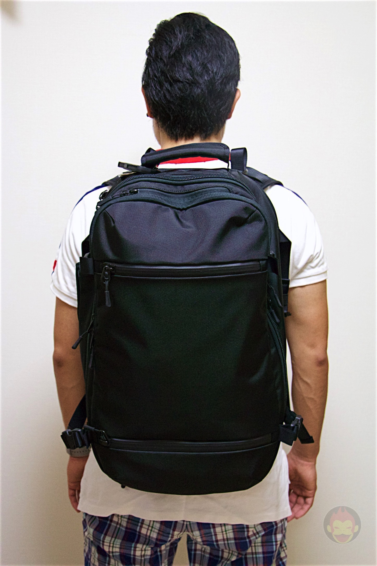 Aer-Travel-BackPack-on-Kickstarter-39.jpg