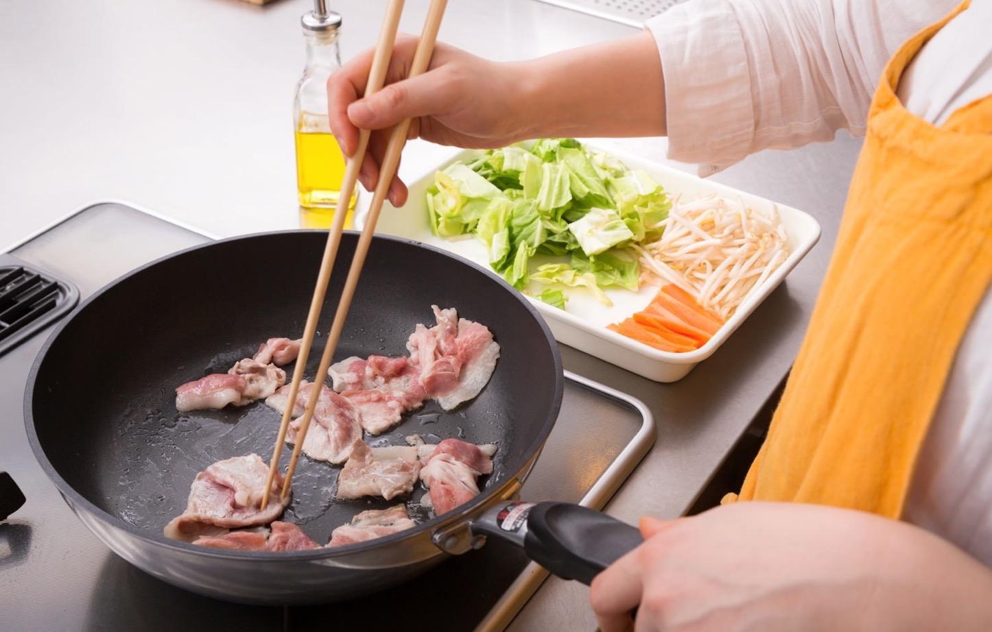 Igarashi-Couple-Cooking-Free-Photos-19.jpg