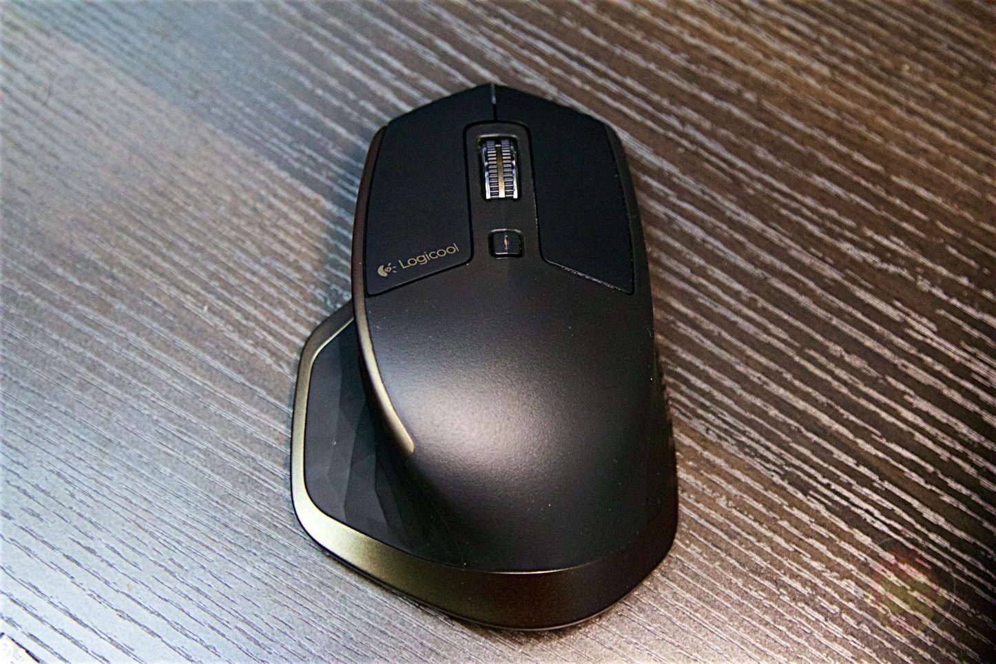Logicool-MX-Master-Mouse-07.jpg