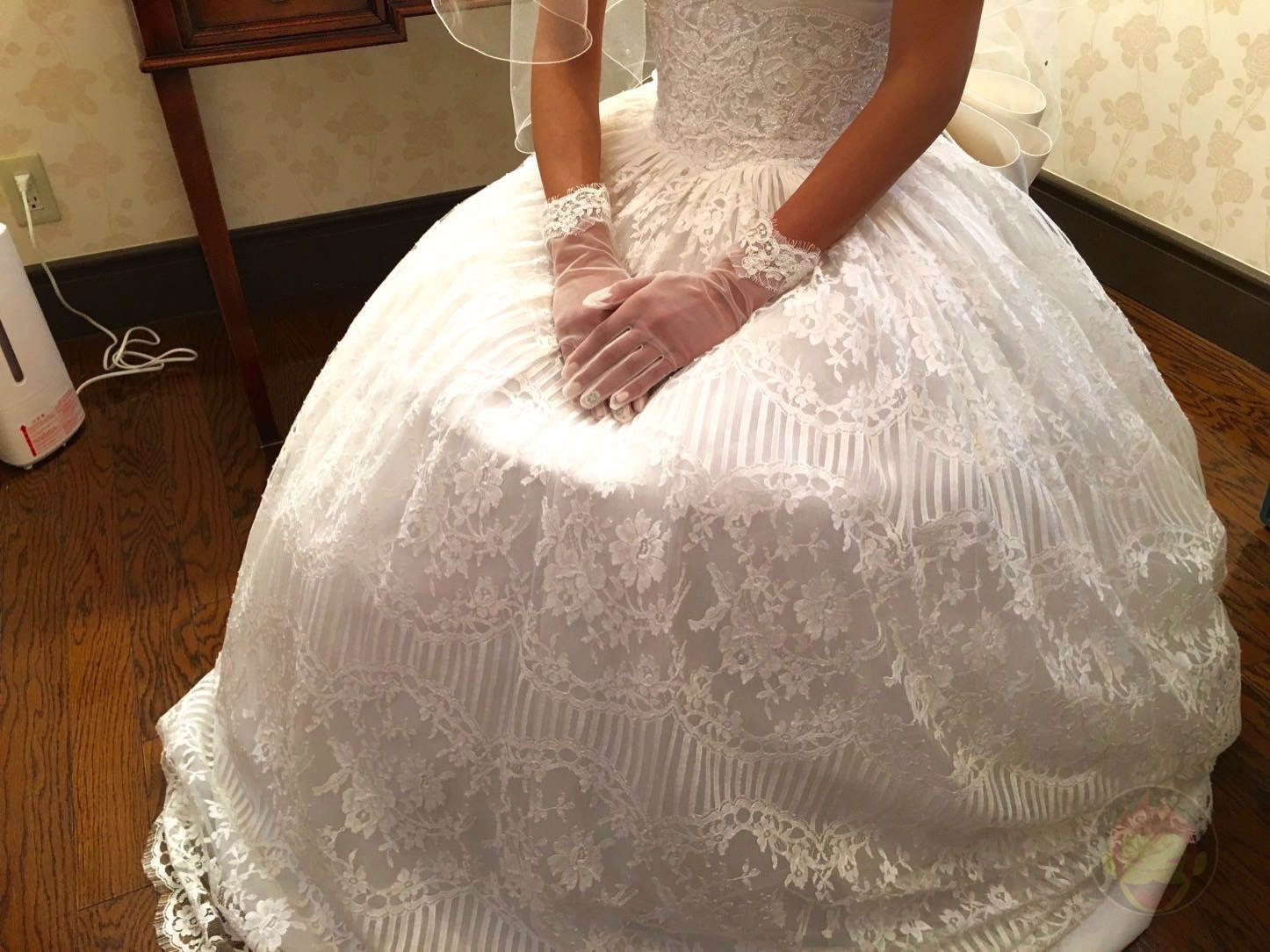 Heres the grooms dress