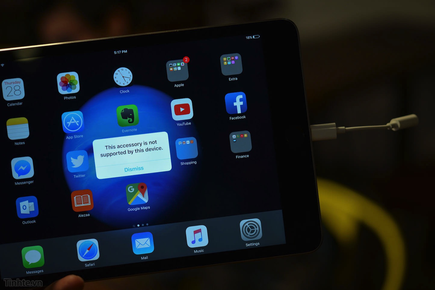 iPhone-7-lightning-to-3.5mm-4.jpg