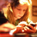 kids-using-iphones.jpg