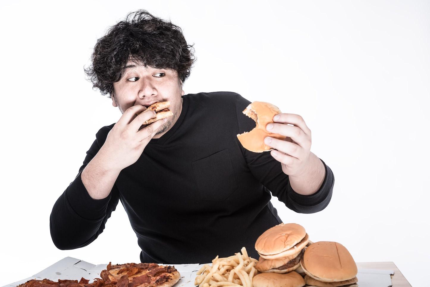 Kuchiki eating mcdonalds