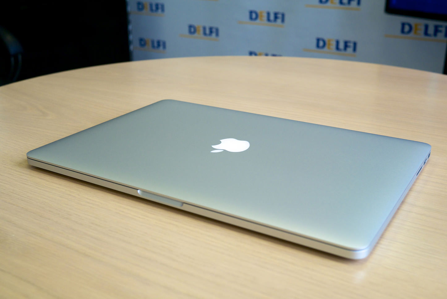 Macbook pro the real apple one