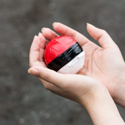 pokemongo-holding-the-monster-ball.jpg