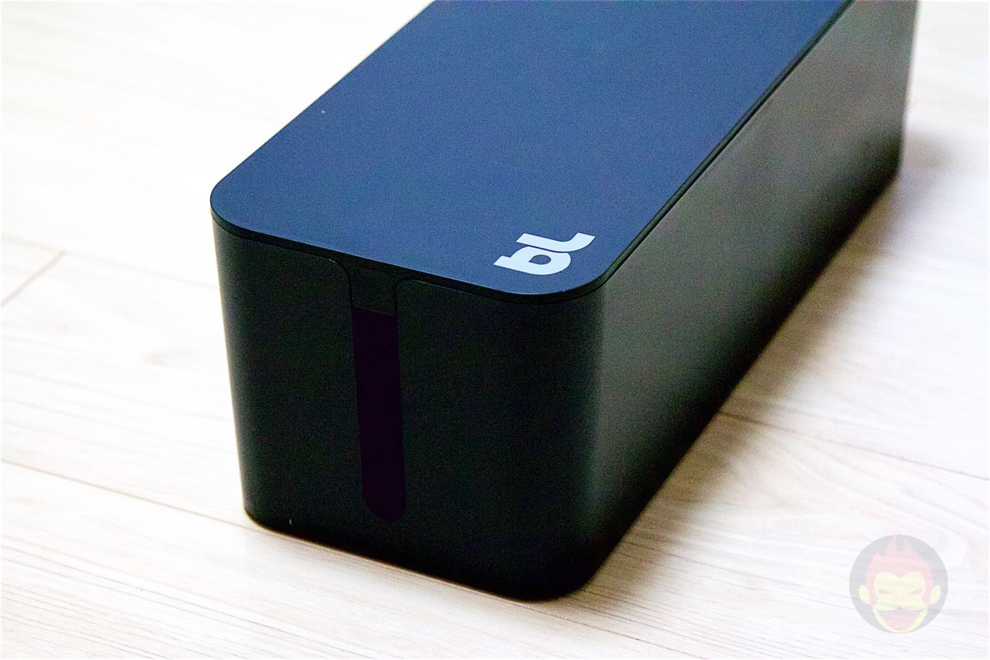 Bluelounge-The-CableBox-04.jpg
