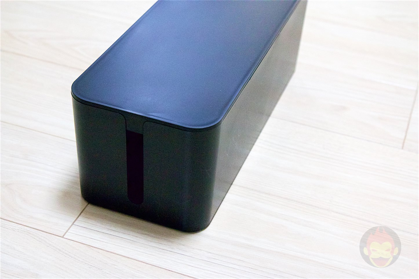 Bluelounge-The-CableBox-05.jpg