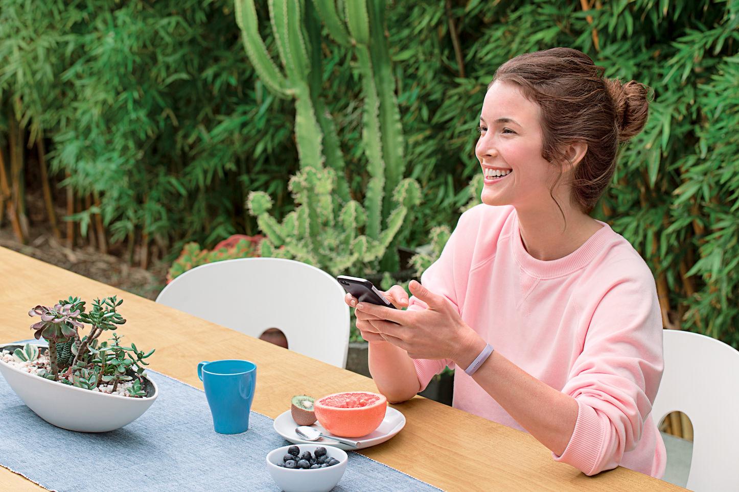 Fitbit Flex 2 Woman Breakfast Lifestyle