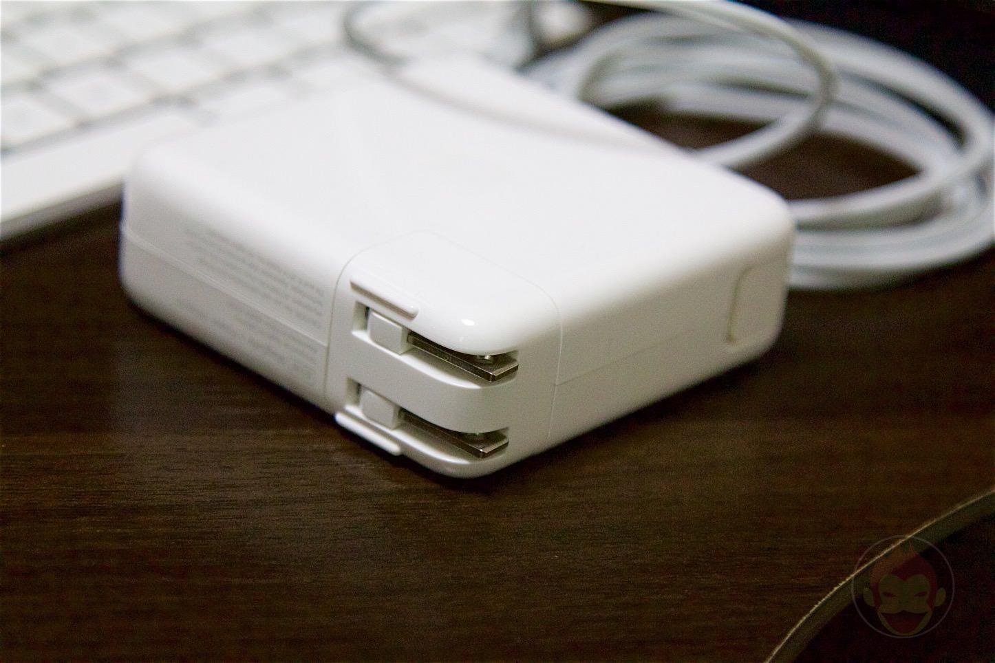 iBUFFALO-AC-Adapter-08.jpg