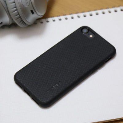 Spigen-Liquid-Armor-for-iPhone-7-01.jpg