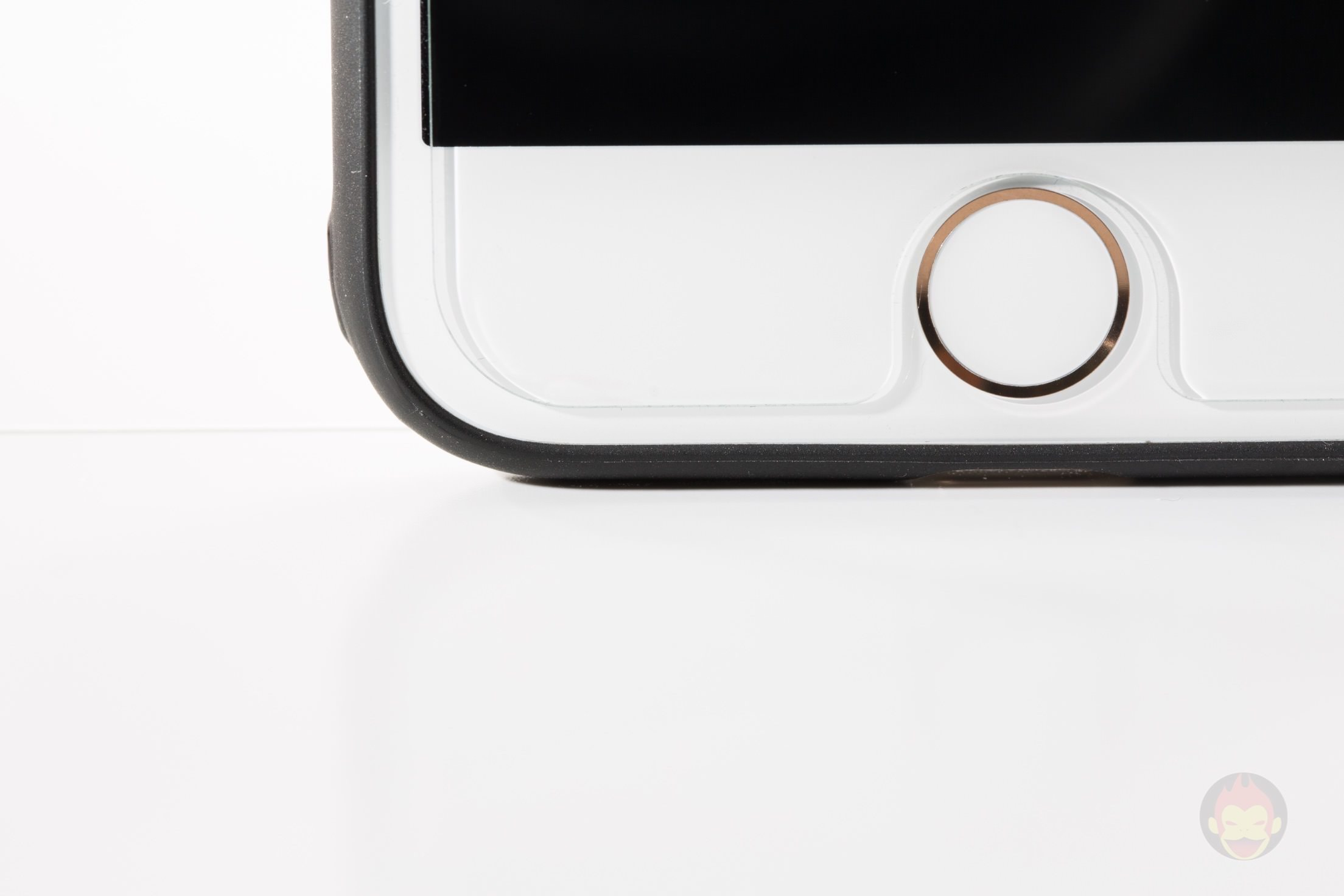 iPhone-7-Gold-Model-03.jpg