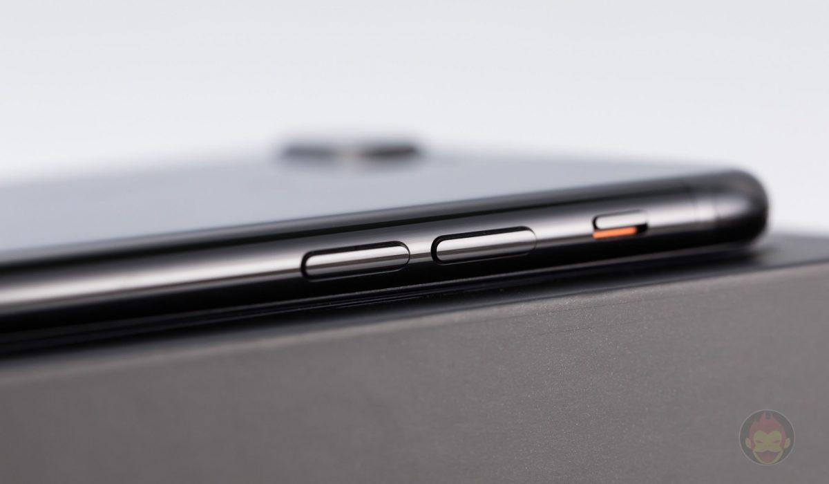 iPhone-7-Plus-Jet-Black-Design-review-03.jpg