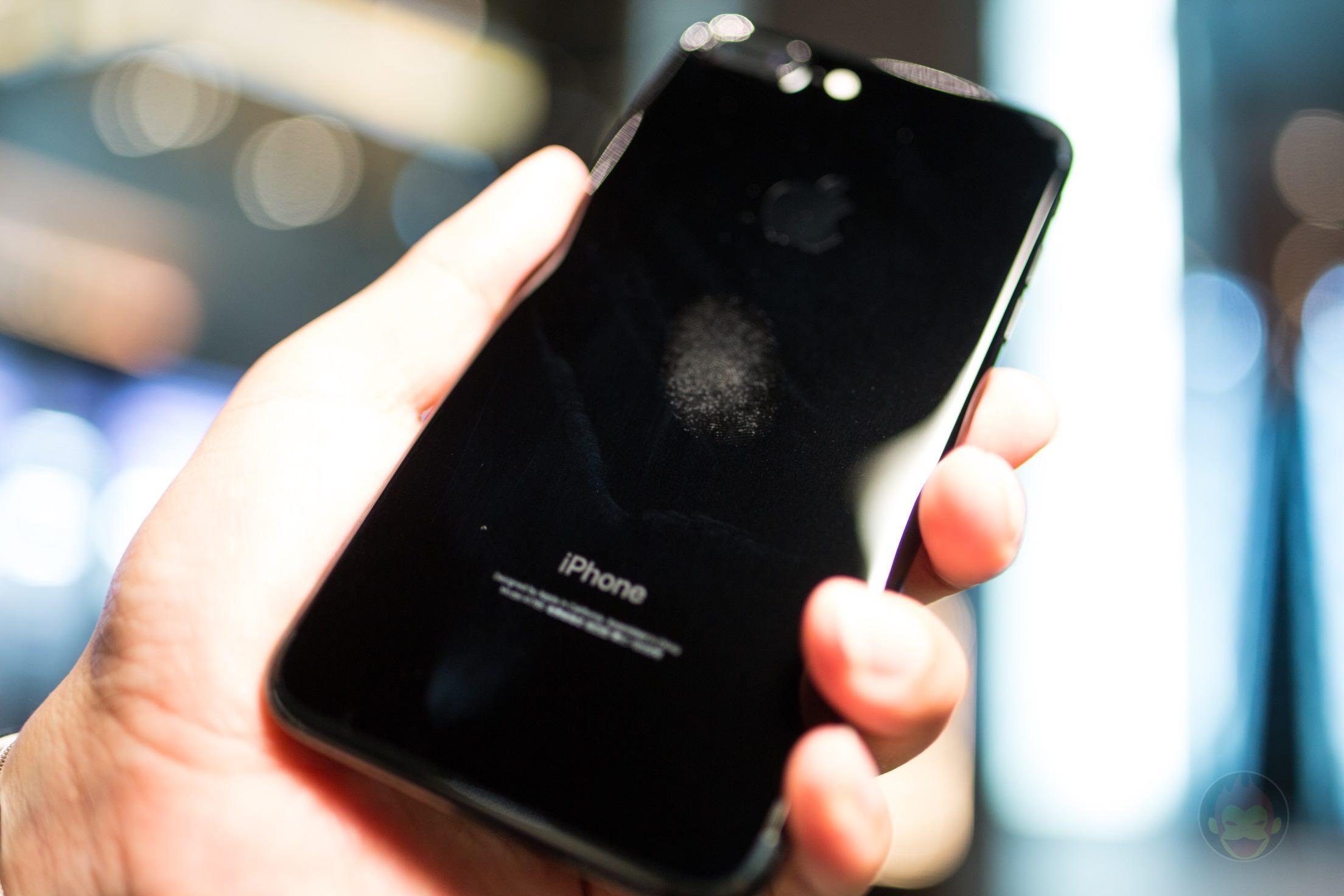 IPhone 7 Plus Jet Black ゆうせいさん