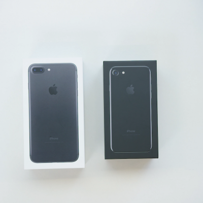 iphone-7-iphone-7-plus-unboxing.png