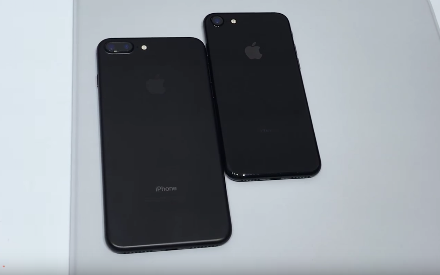 Iphone7 jetblack black comparison