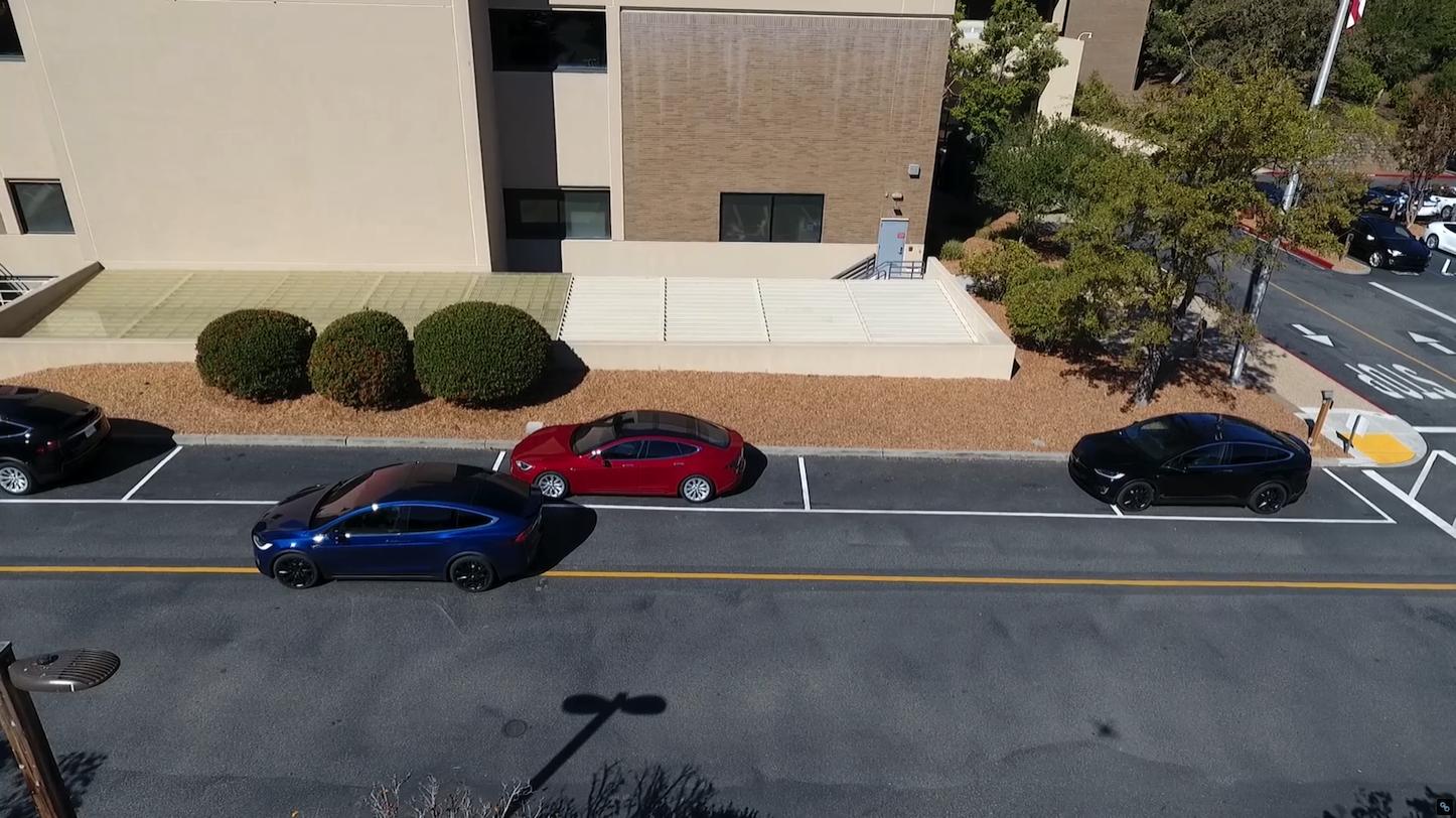 Parking Tesla