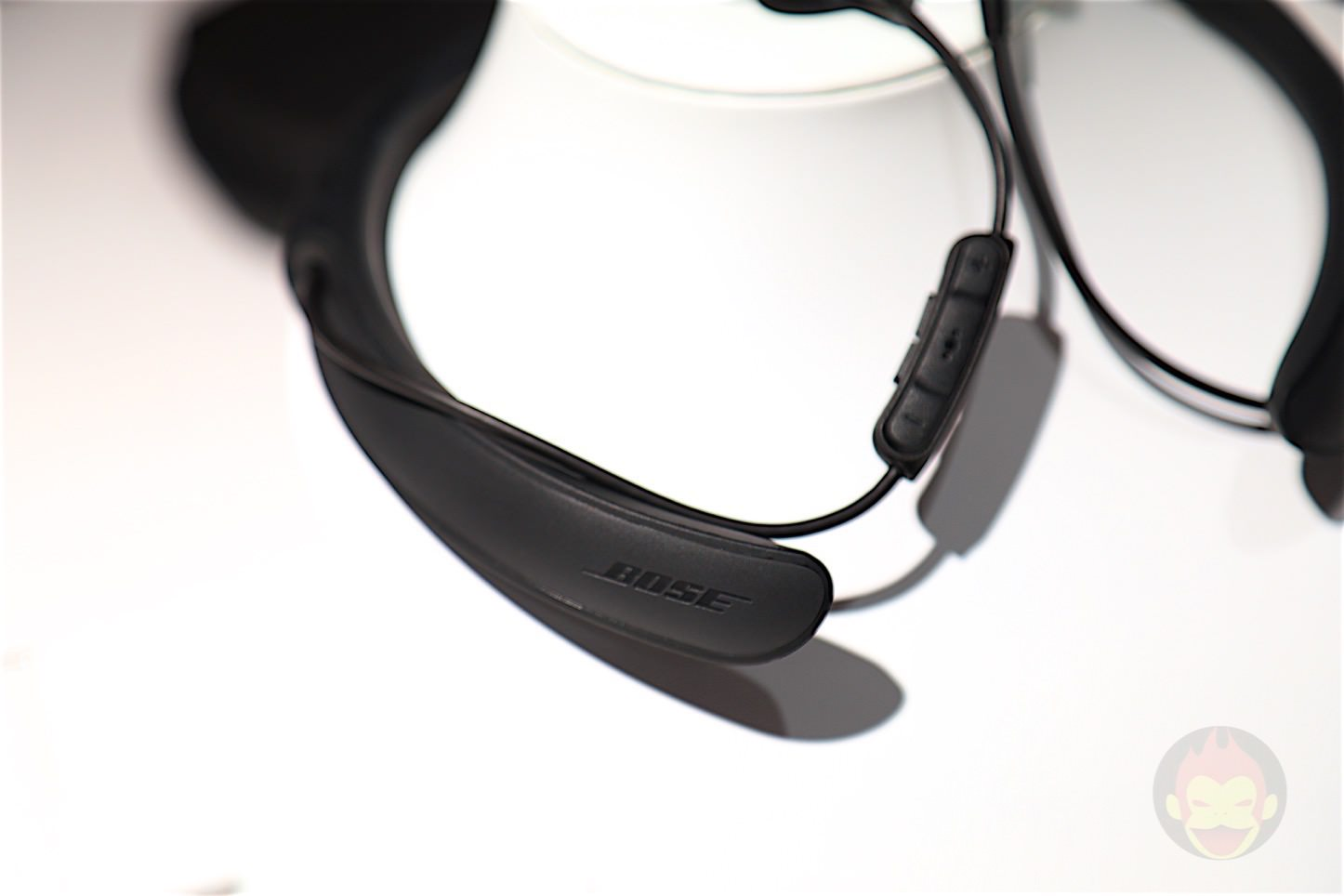 Bose-QuietComfort-30-Review-04.jpg