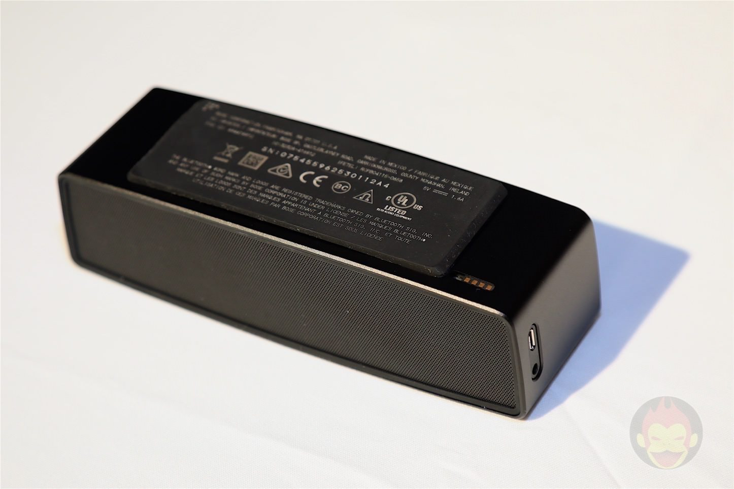 Bose-Soundlink-Mini-2-Black-Copper-08.jpg