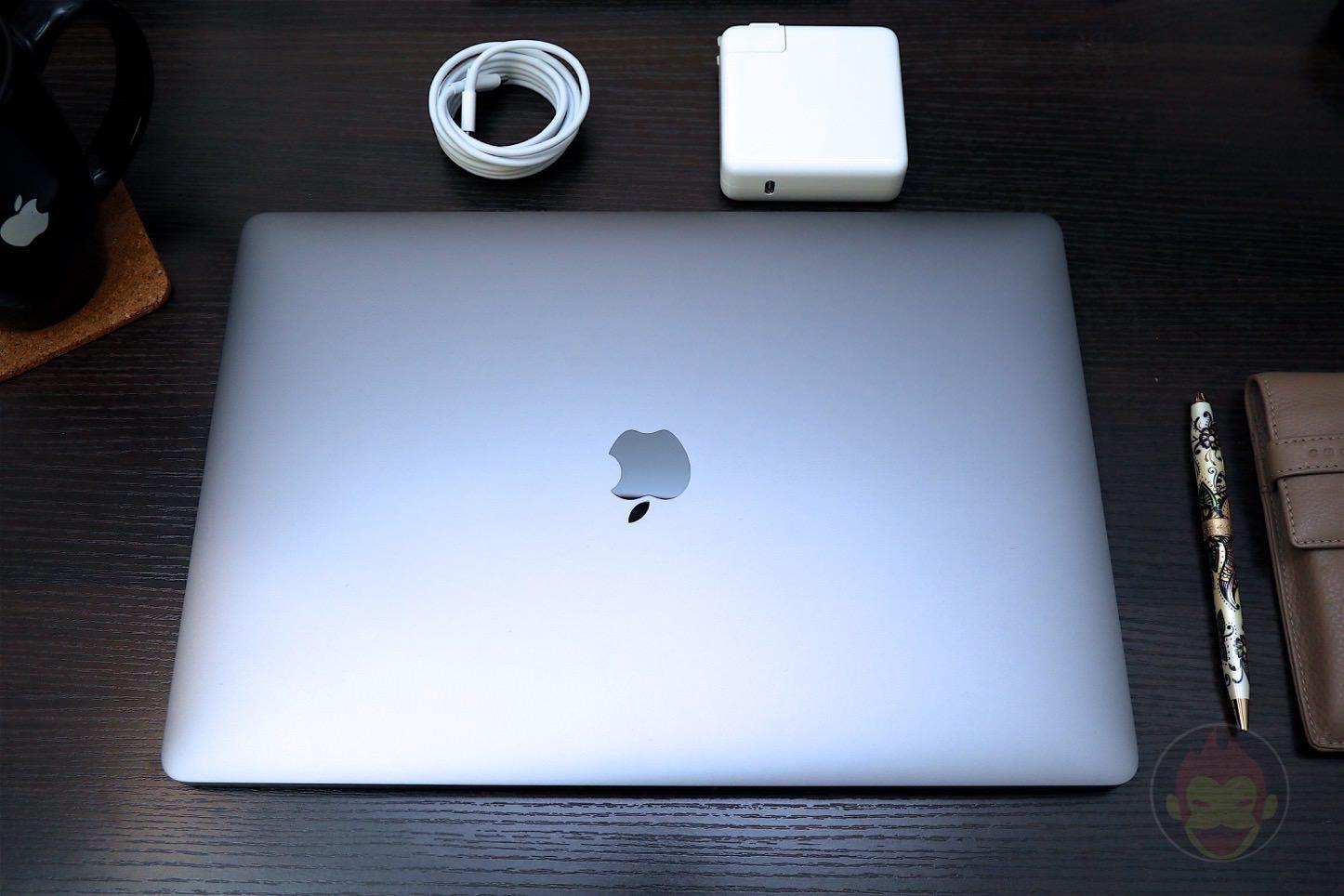 MacBook-Pro-Late-2016-15inch-model-01.jpg