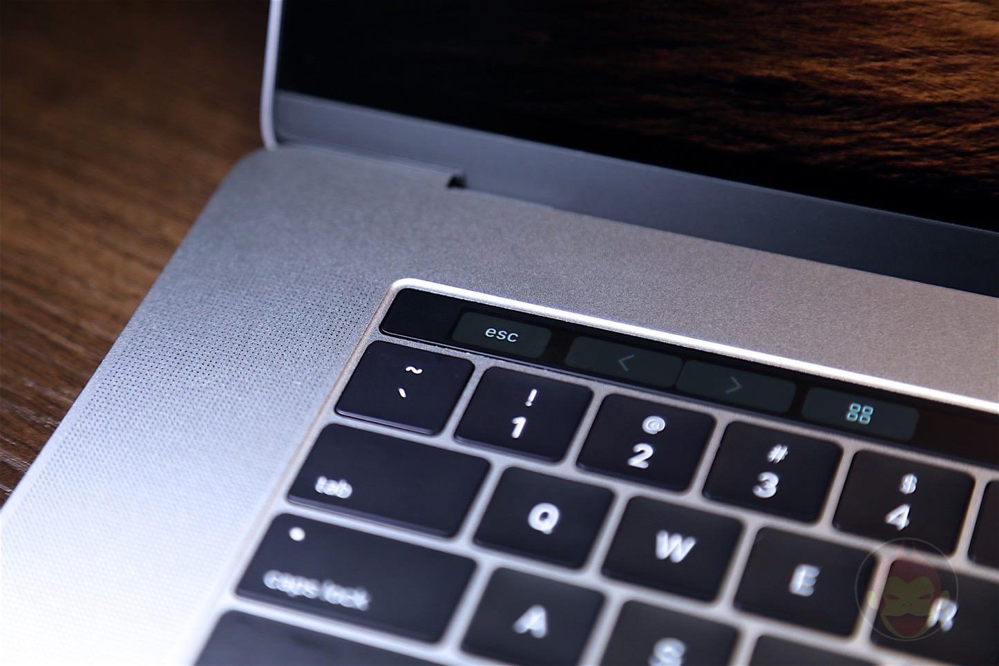 MacBook-Pro-Late-2016-15inch-model-13.jpg