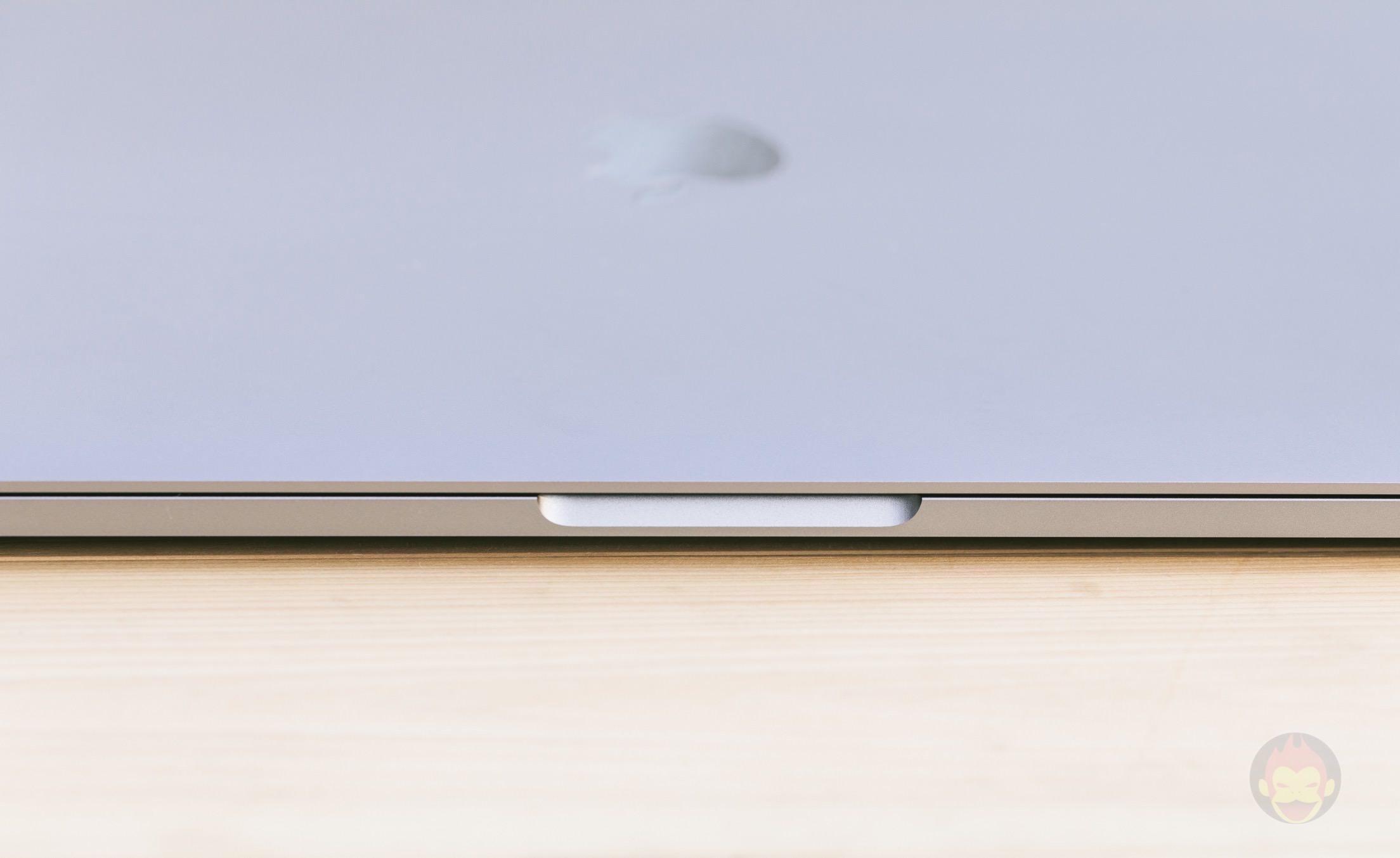 MacBook-Pro-Late2016-15inch-model-photos-08.jpg