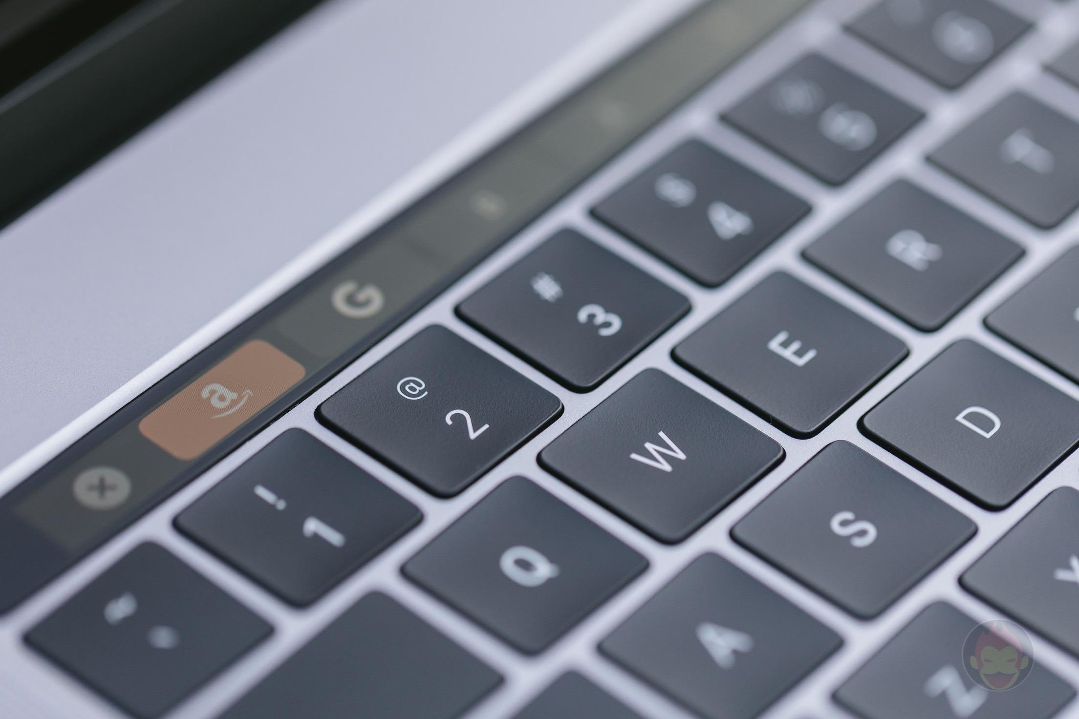MacBook-Pro-Late2016-15inch-model-photos-13.jpg