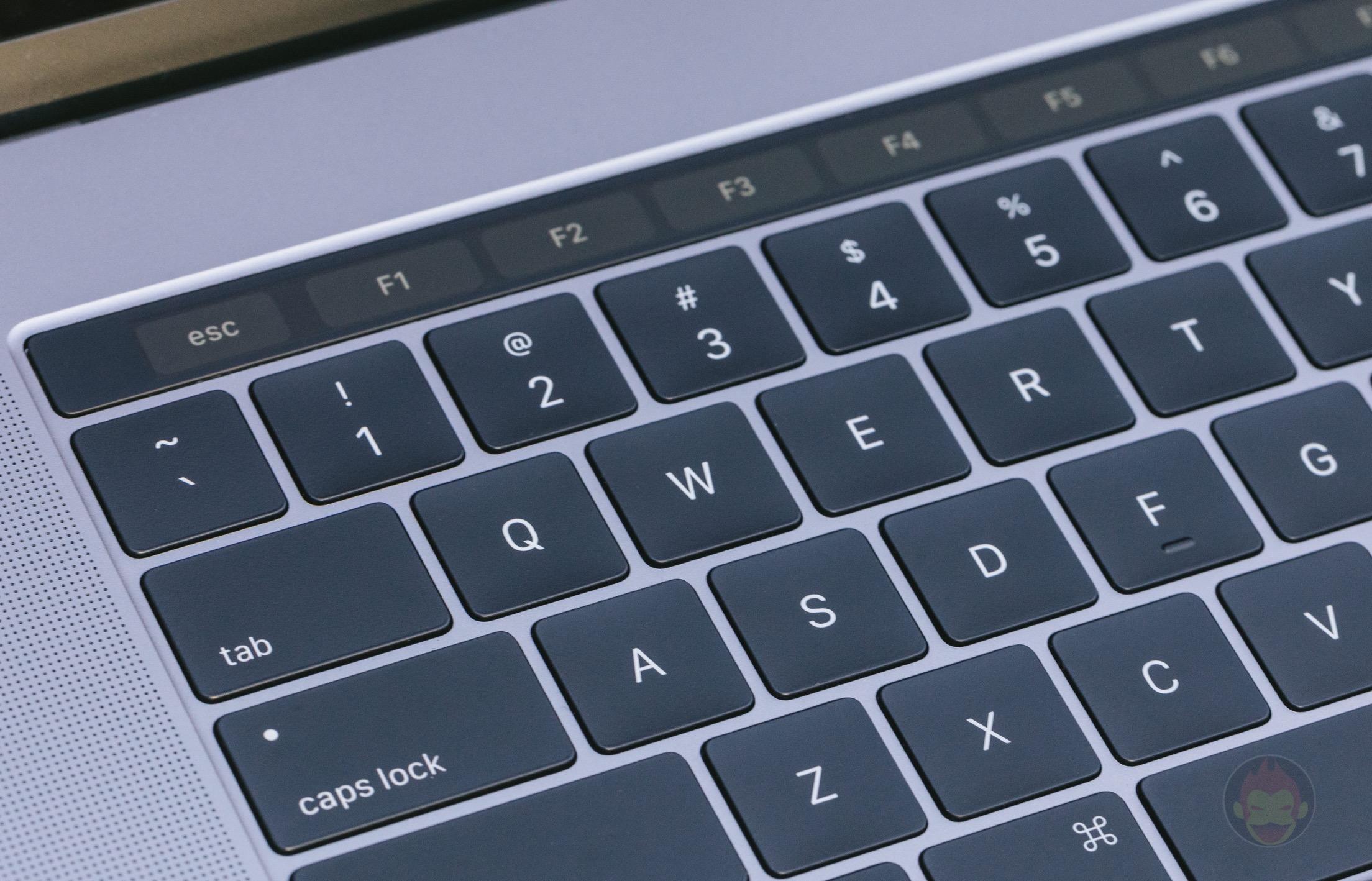 MacBook-Pro-Late2016-15inch-model-photos-14.jpg