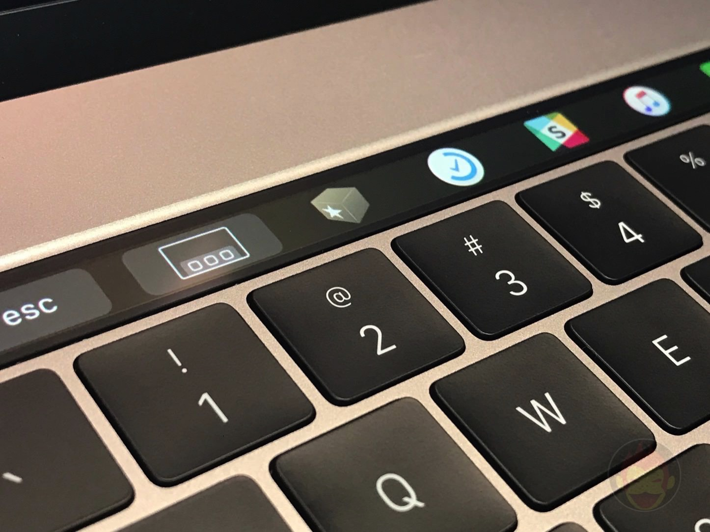 Rocket for TouchBar 01