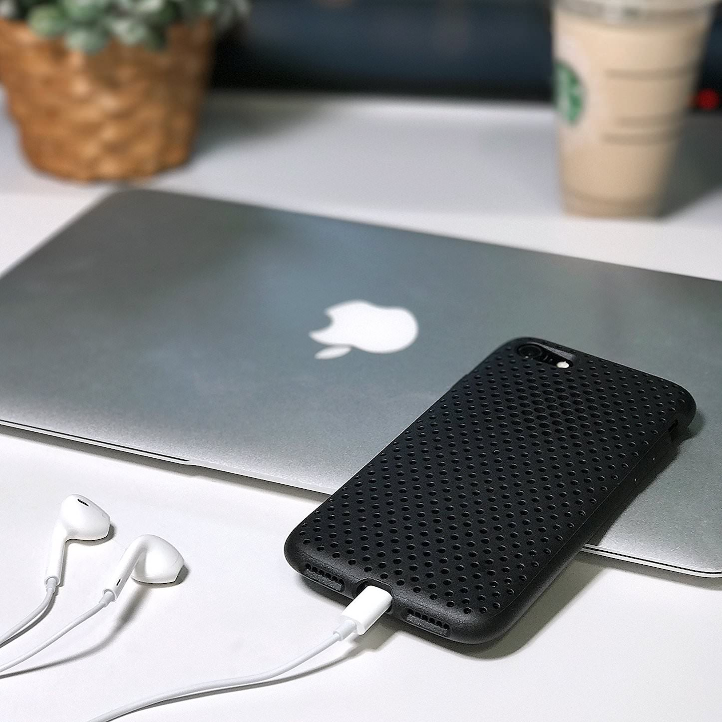AndMesh MeshCase for iPhone7 1