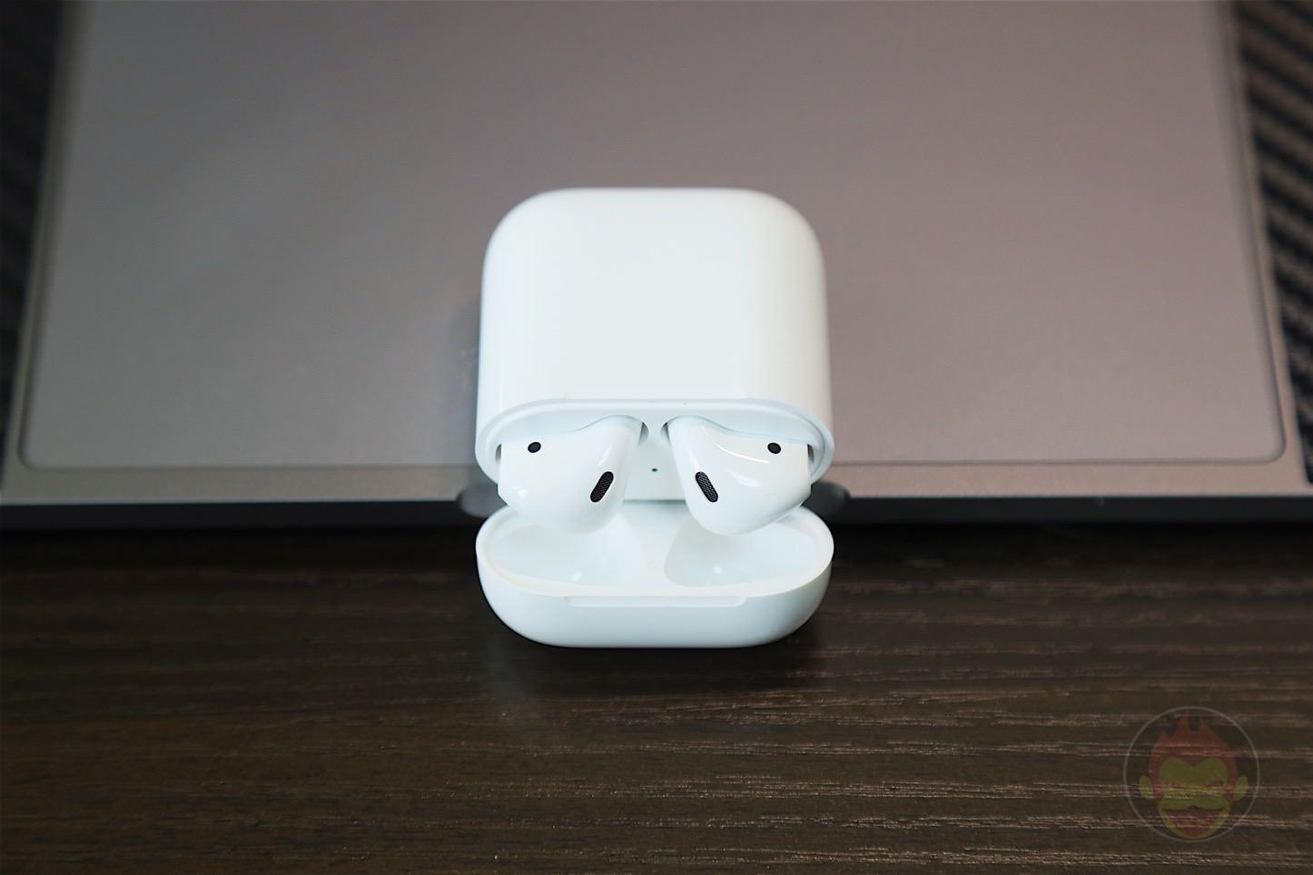 Apple AirPods Wireless Earphones