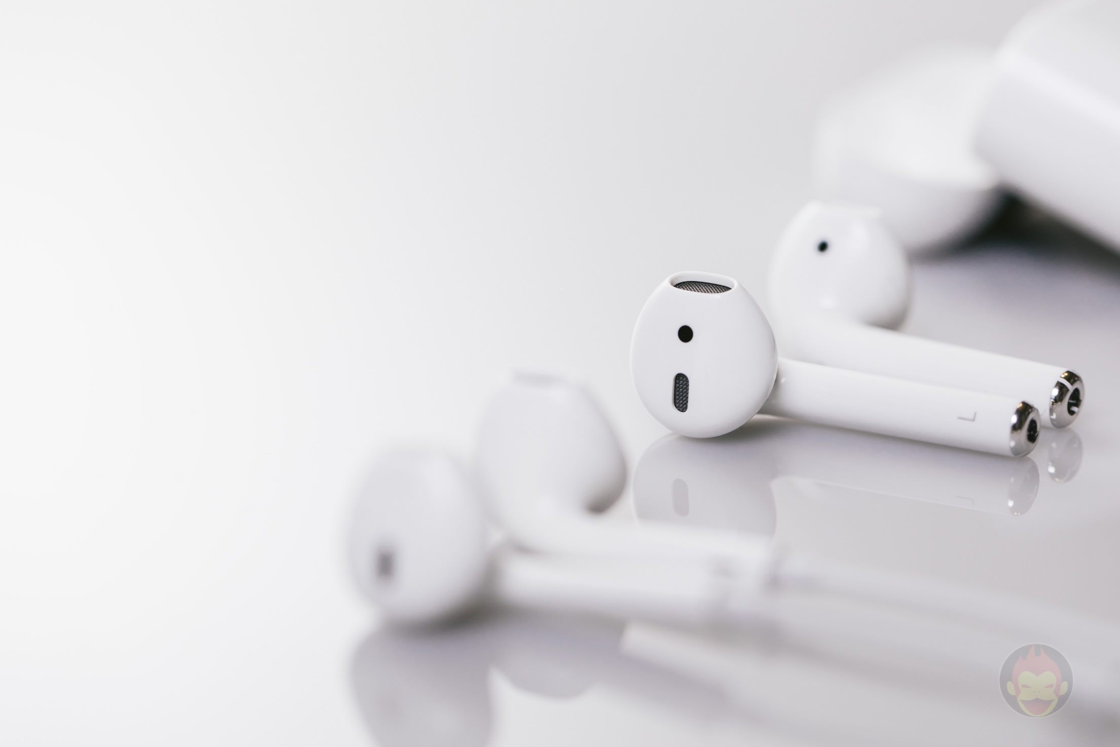 Apple Wireless Earphones AirPods Review