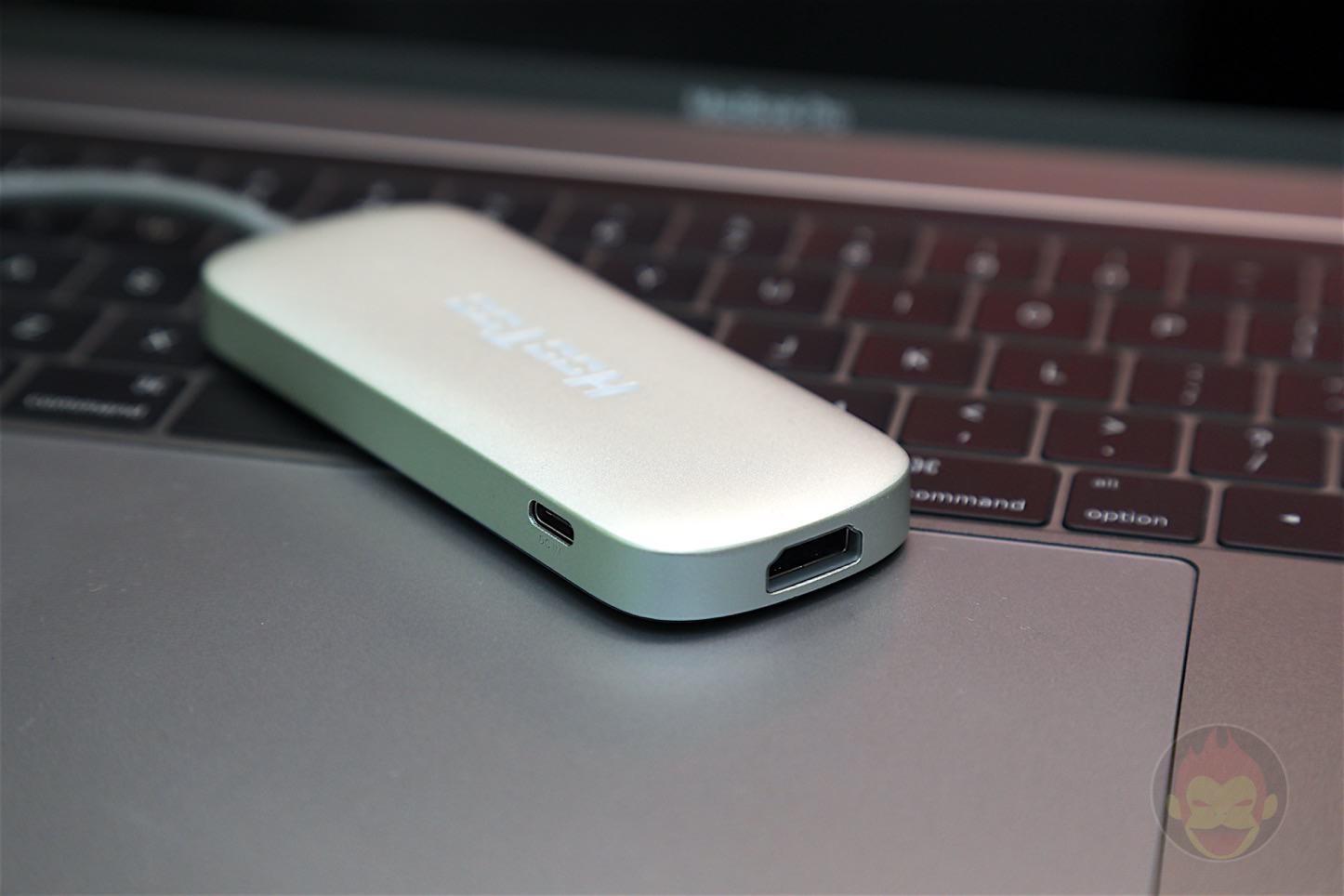 HooToo-Shuttle-USB-C-Hub-03.jpg