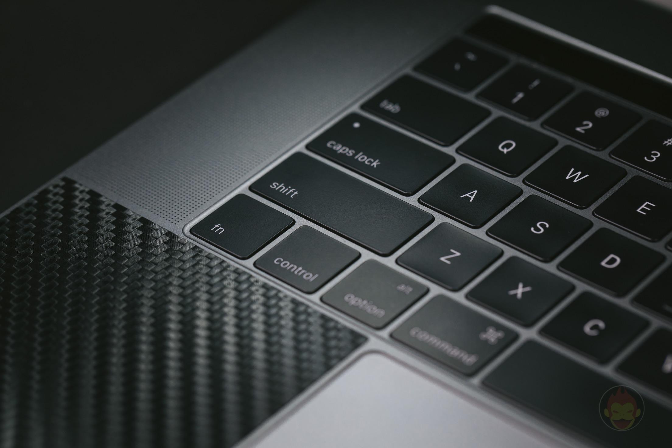 MacBook Pro Late 2016 15インチモデル レビュー(使い勝手、操作性、動作など)