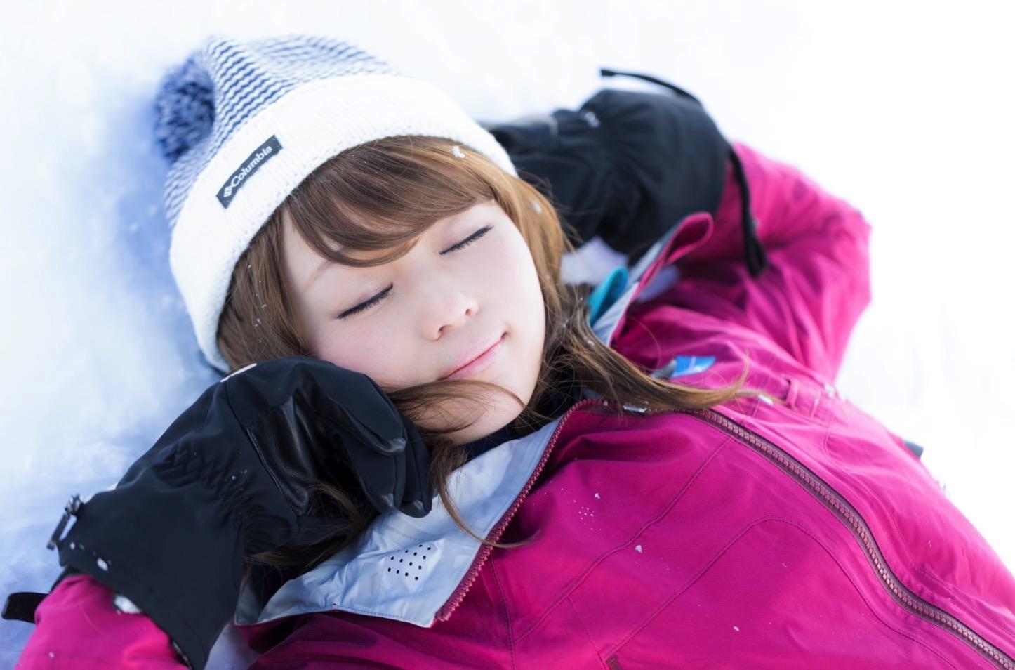 Akane-Saya-in-Hirayu-Onsen-Winter-21.jpg