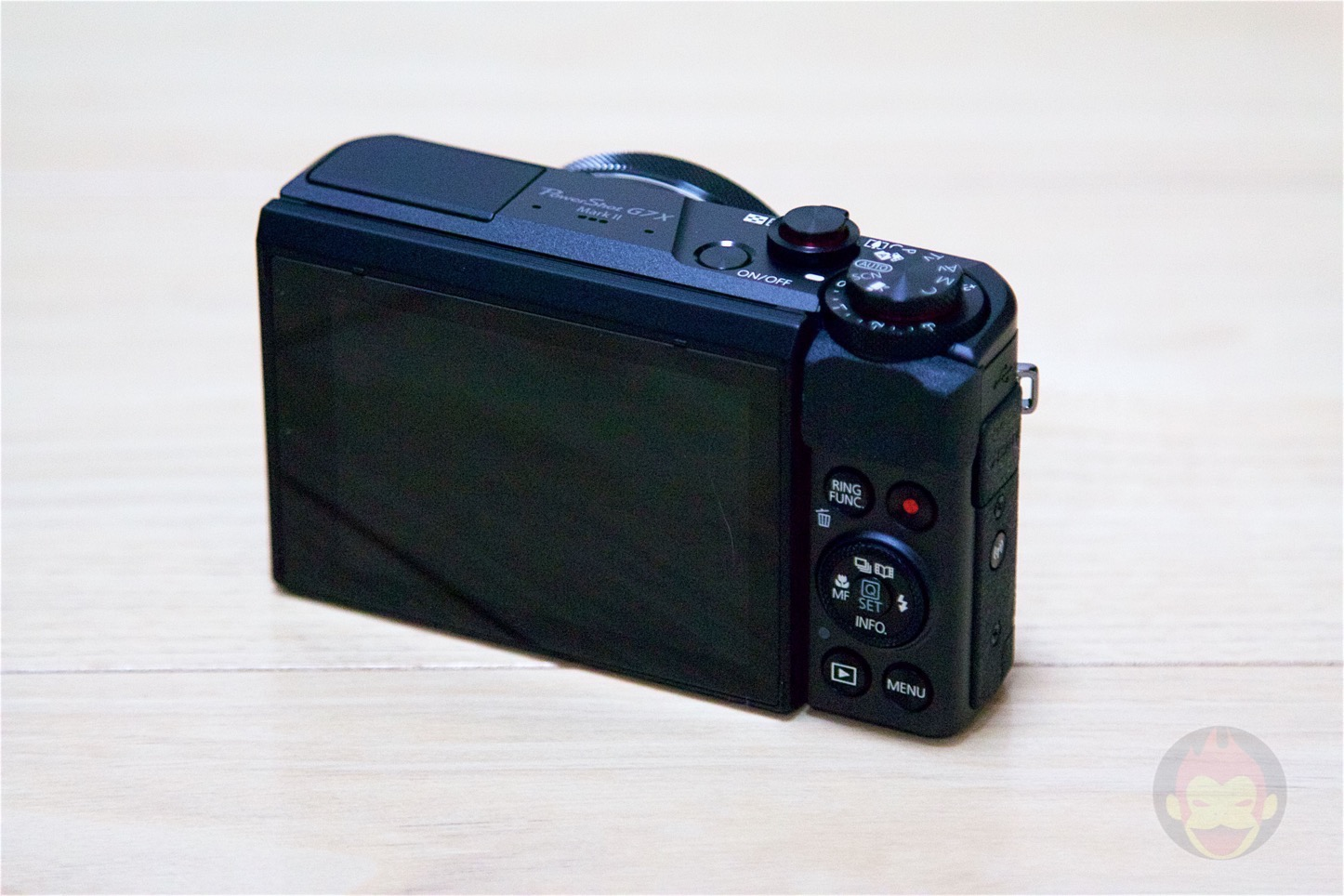 Canon-PowerShot-G7-Mark2-08.jpg