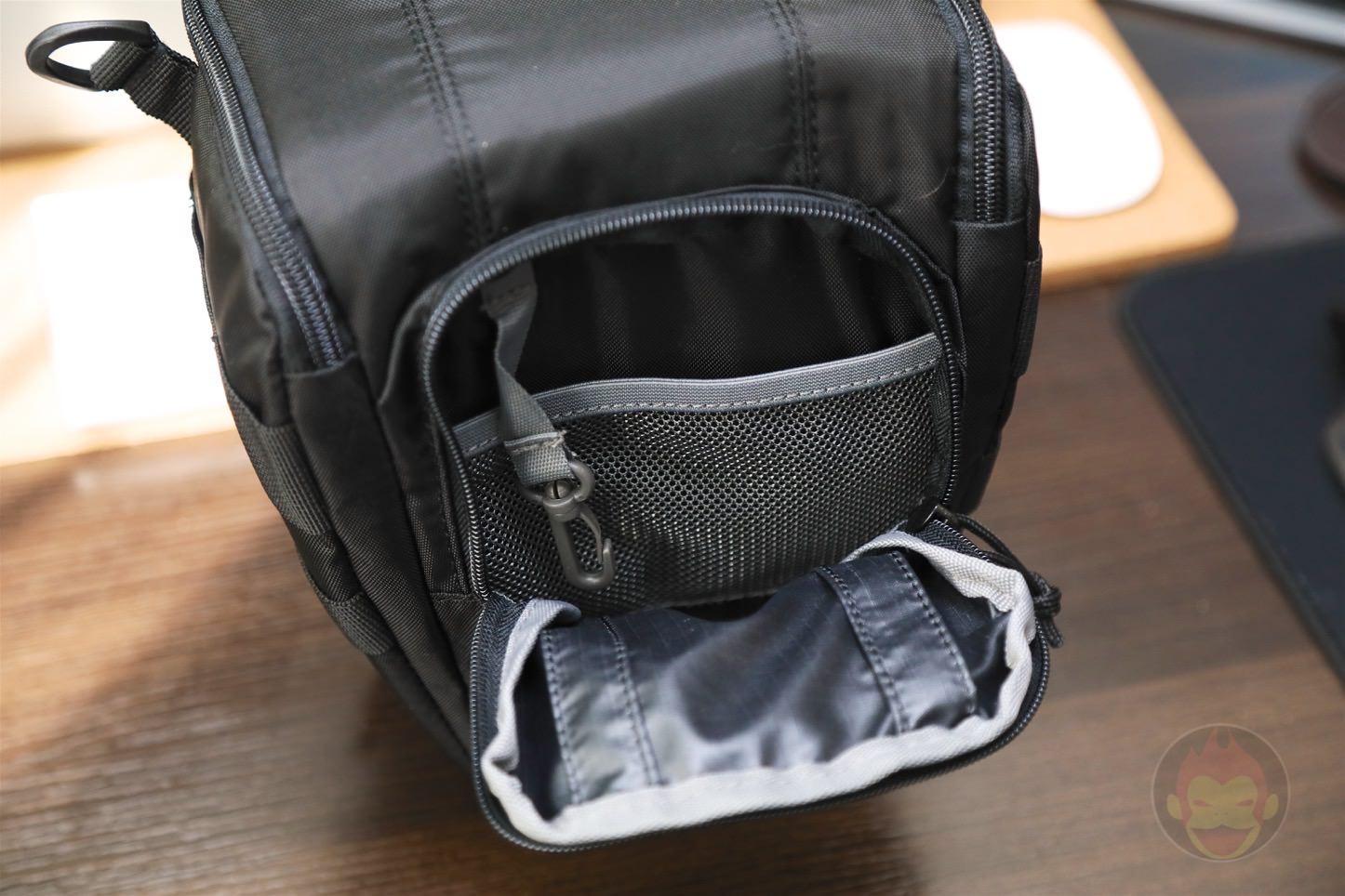 Lowepro-Camera-bag-Toploader-Zoom-AW2-02.jpg