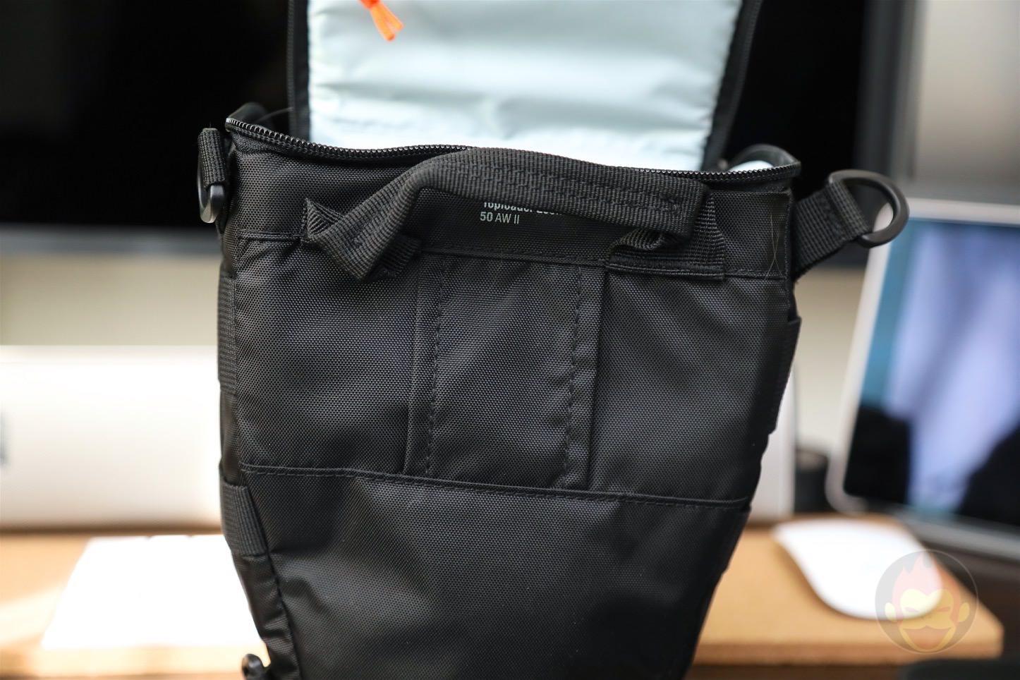 Lowepro-Camera-bag-Toploader-Zoom-AW2-06.jpg
