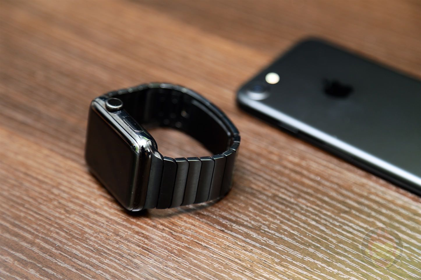 Using Apple Link Bracelet Black