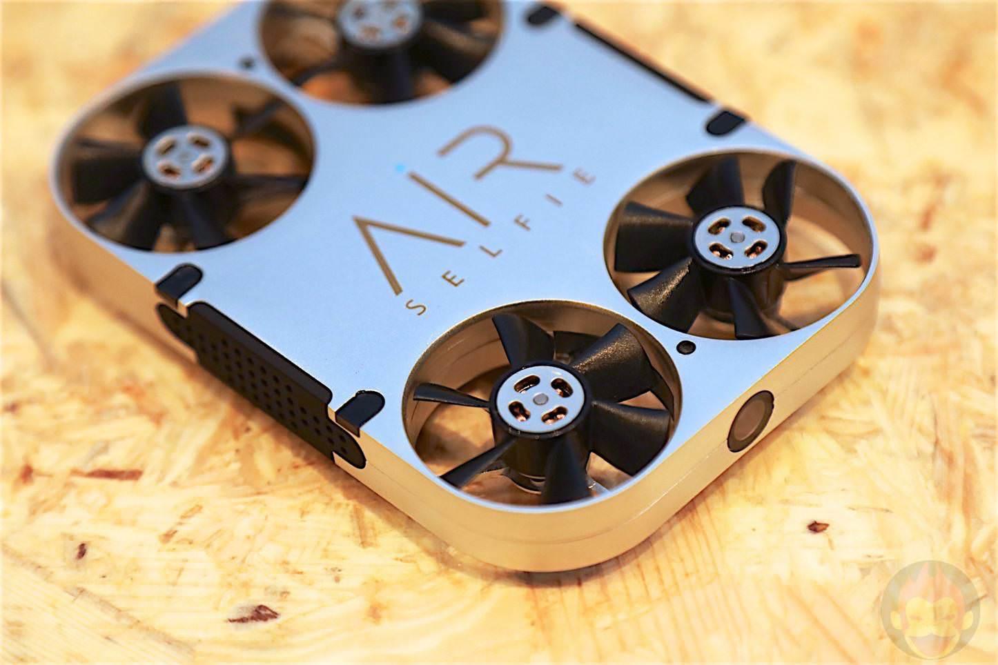 AirSelfie-Drone-Type-Selfie-Unit-05.jpg