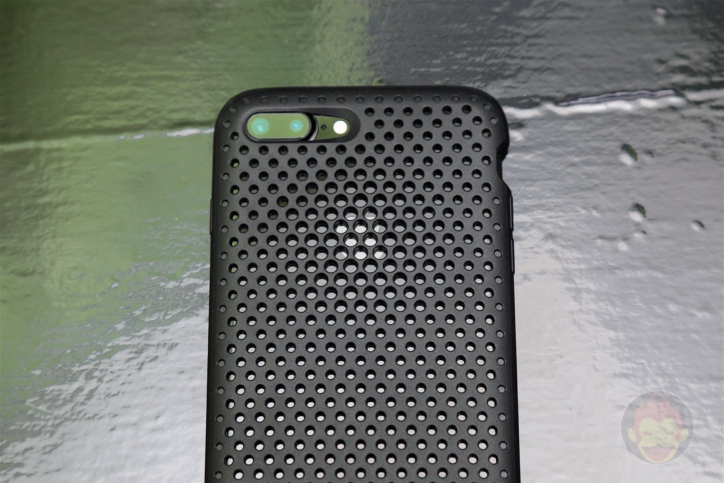 AndMesh-Mesh-Case-for-iPhone-7-Plus-02.jpg
