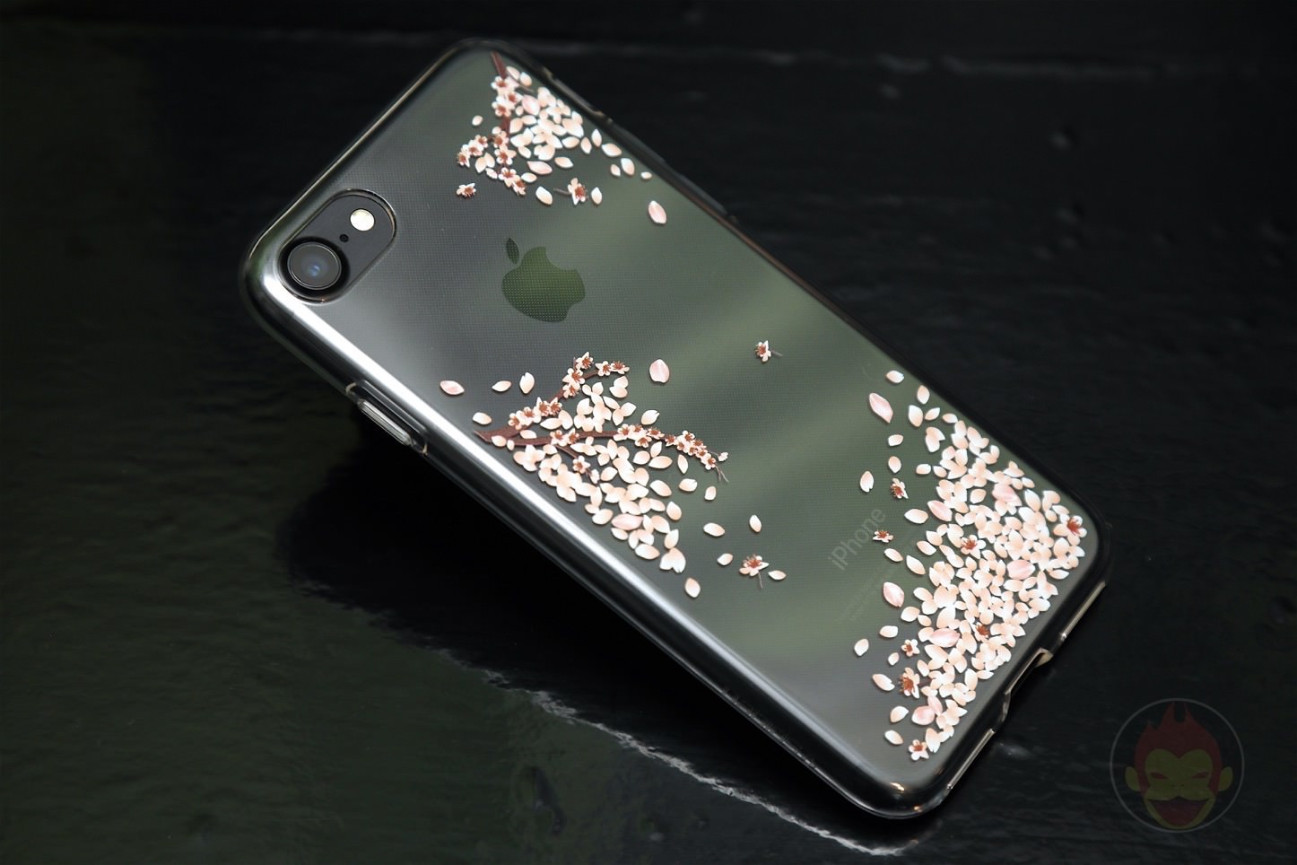 Spigen Liquid Crystal Shine Blossom