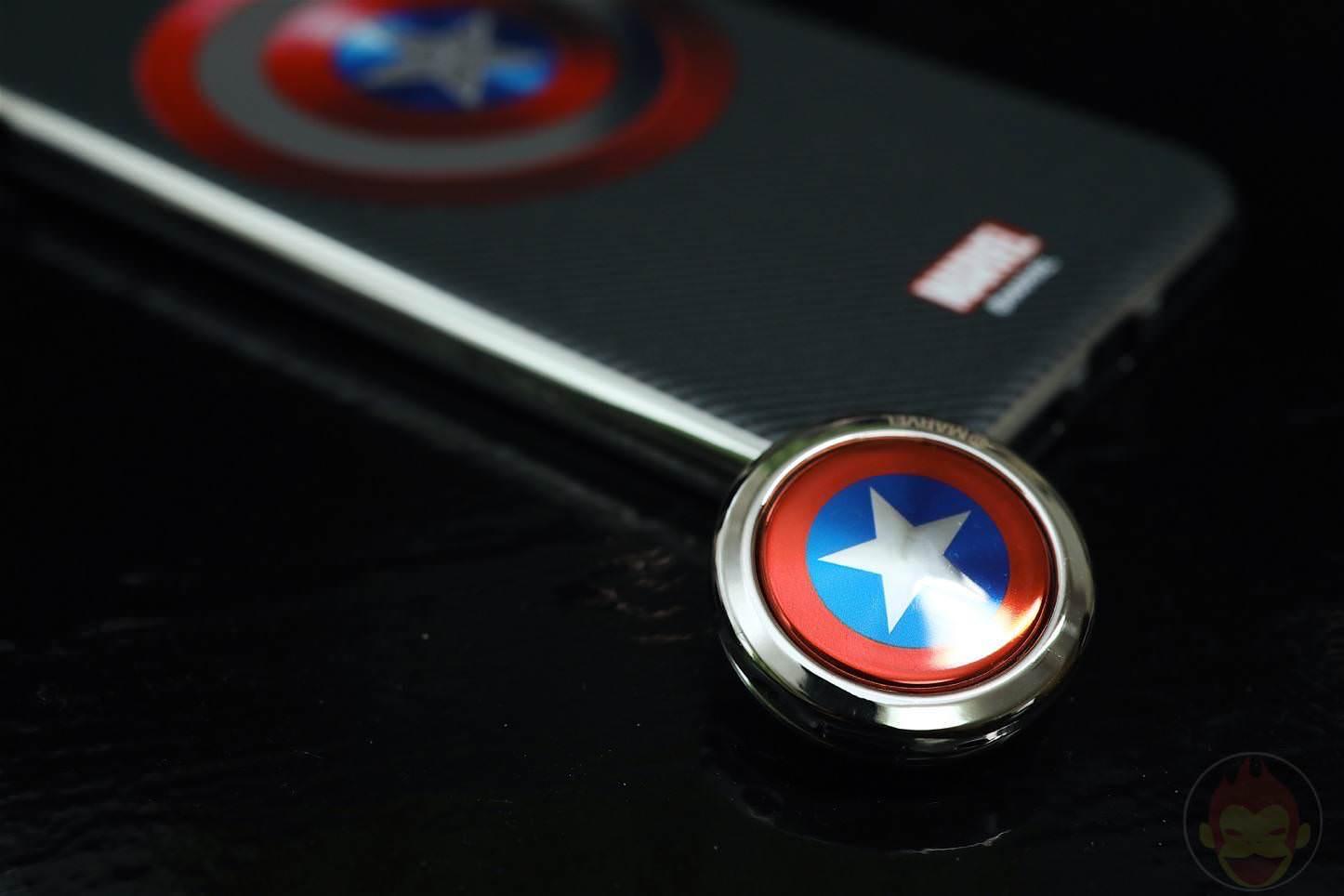 MARVEL-Design-iPhone-7-Plus-Case-and-Ring-05.jpg