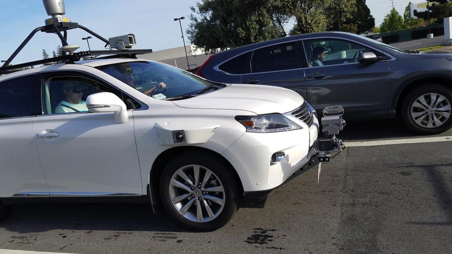 New-Apple-Car-in-Testing.jpg