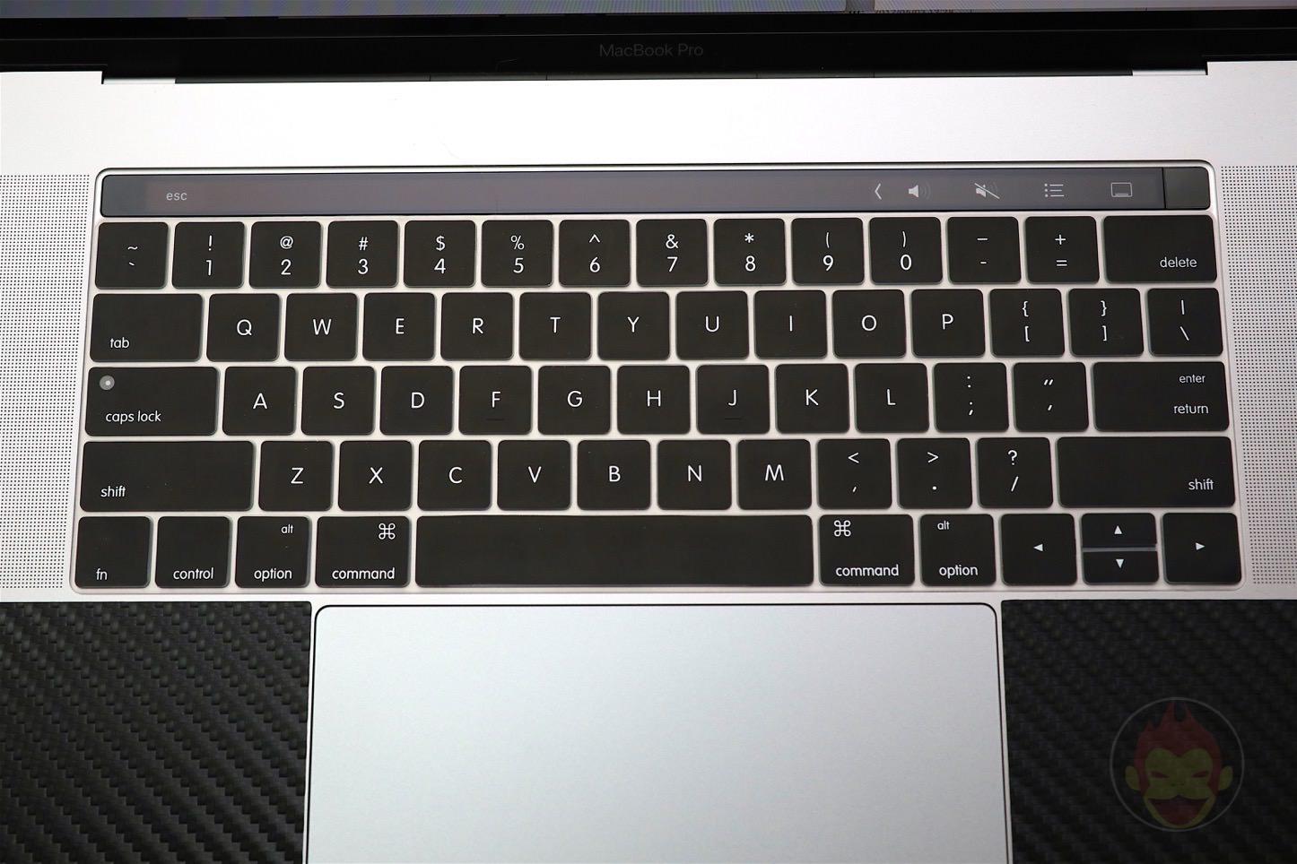MaxKu-Keyboard-Cover-for-US-04.jpg