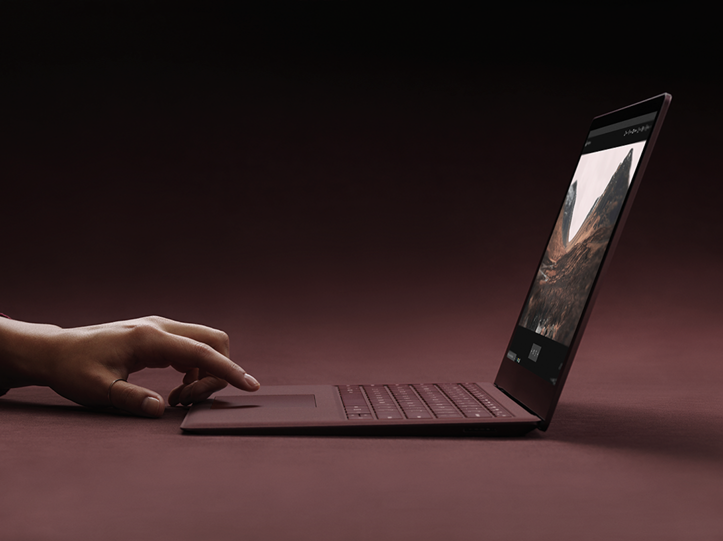 Microsoft-Surface-Laptop-1.png