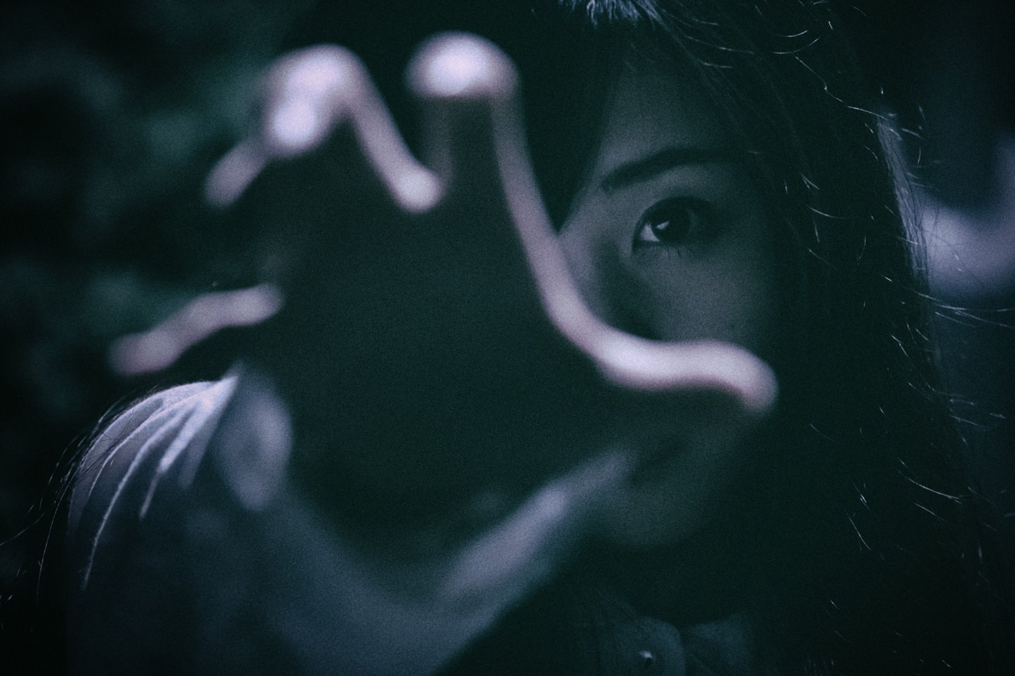 Pakutaso-Horror-Free-Stock-Photos-27.jpg